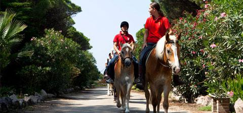 Equicard – 10 activities on horseback in Sardinia!